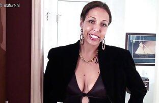 Chica de cámara videos en español latino xxx oculta se masturba con un consolador grande