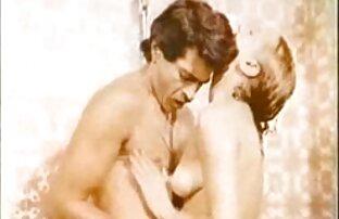 SSBBW con enormes pechos porno en español latino gratis se masturba en la webcam