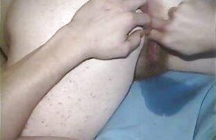 Puta rubia se pone de rodillas y garganta profunda ver hentai en español latino una polla negra dura y luego folla