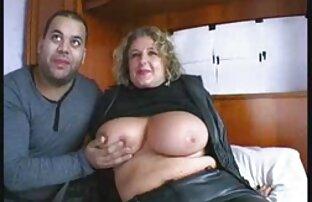 Rubia adolescente cutie y su novio teniendo una cogida porno latino en castellano