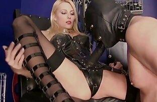 Tittengirl im oficina sexo completo en español