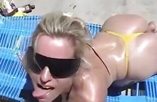 Raphaella hentay en latino Lily tetas grandes y juego de coño
