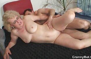 Bbw mommas hentai en español latino masturbándose